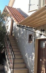 Charmante maison de campagne - Fontechiari