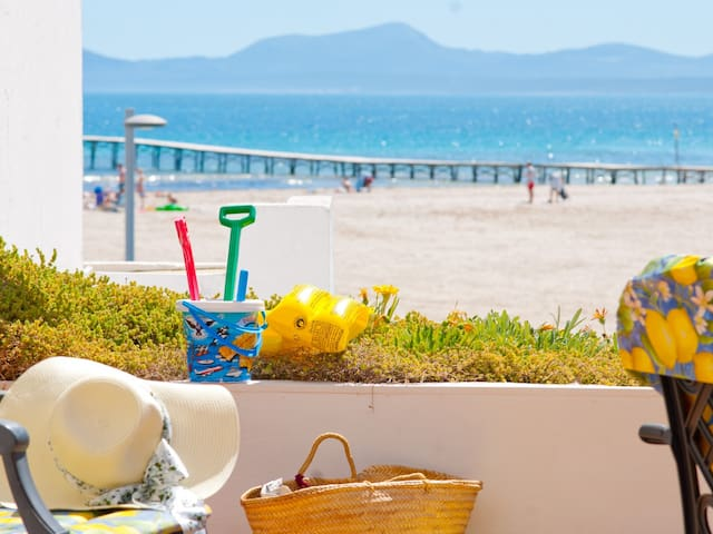 Oiza Luxe, Апартаменты с видом на пляж