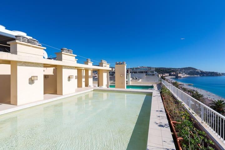 Apartment-top floor-Promenade des anglais-pool-sea