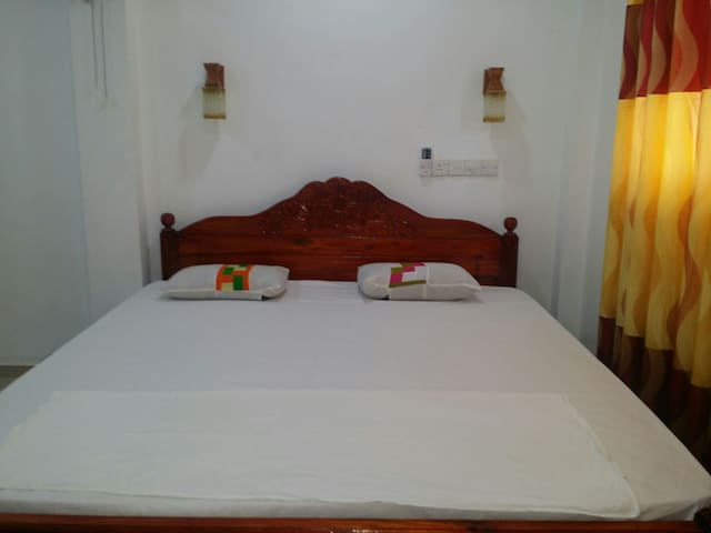 Deluxe room nearby hikkaduwa beach - Hikkaduwa, Southern Province, LK - Appartement