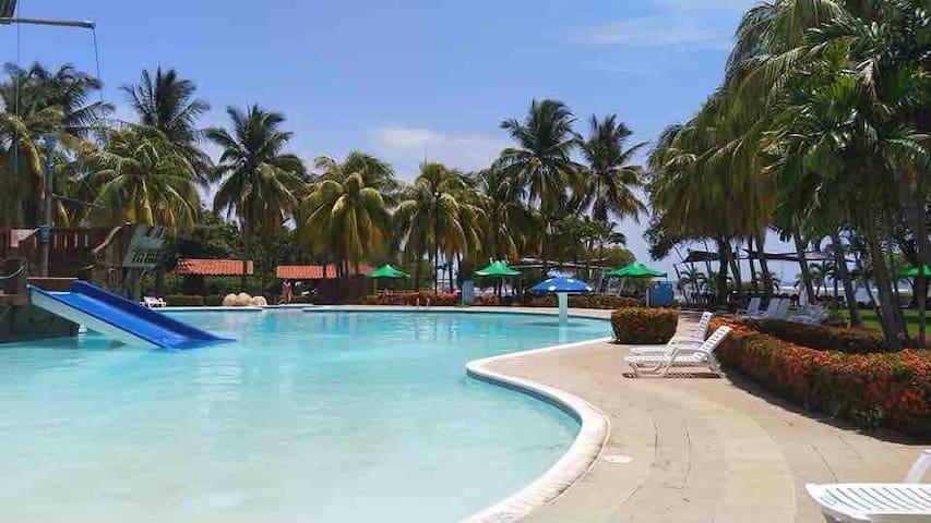 Rancho Las Veraneras Resort, Los Cobanos Sonsonate