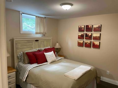 Lovely and Bright 1 bedroom basement apartment