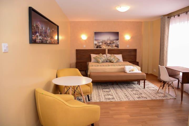 Lehlaka Penthouse in westlands (Privateroom)