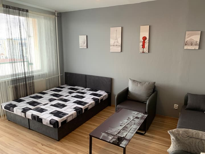Nice & cheap apartment in the heart of Košice