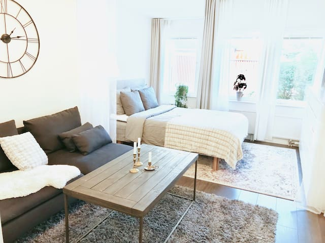 Cozy studio apartment in central Gothenburg
