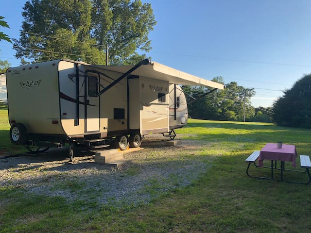 Buffalo River Camp in the stunning Ozark mountains