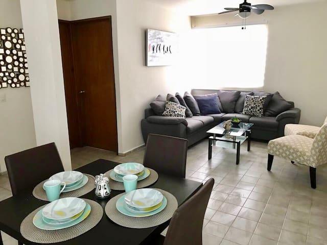 Apartamento recién remodelado en el centro de Cabo