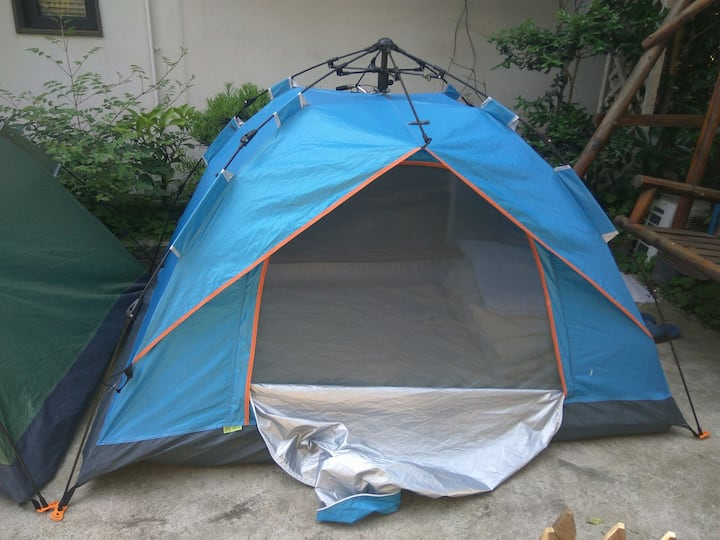Single/double Tent near the west lake