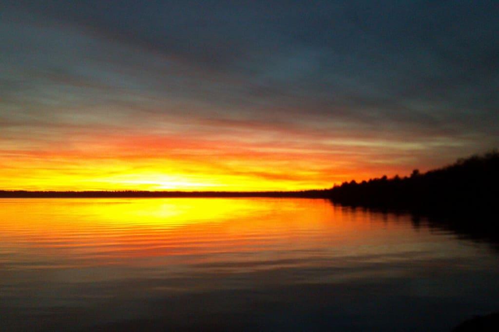Deer Run Resort , 3 bedroom 2 bath,  Breathtaking Sunsets -  Big St. Germain Lake