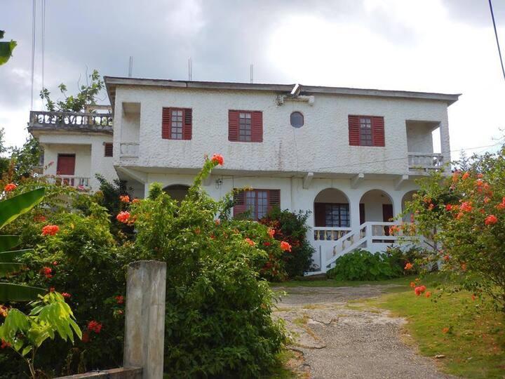 Shore Anchor Guest House  Negril
