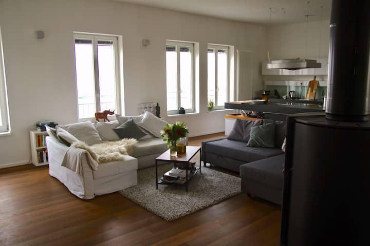 Enjoy our Penthouse(Room) + Rooftop in Kreuzberg