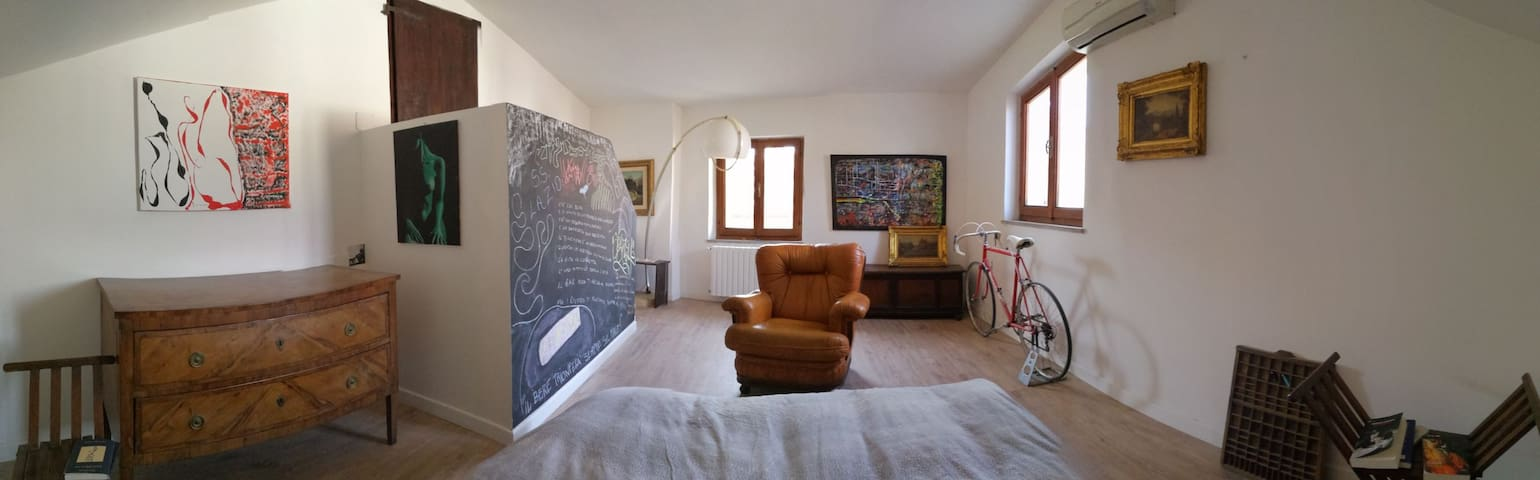 Moderno appartamento in centro - Foligno - Apartment