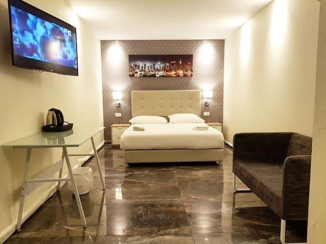 מלון לאגו ירושלים-LAGO suites hotel