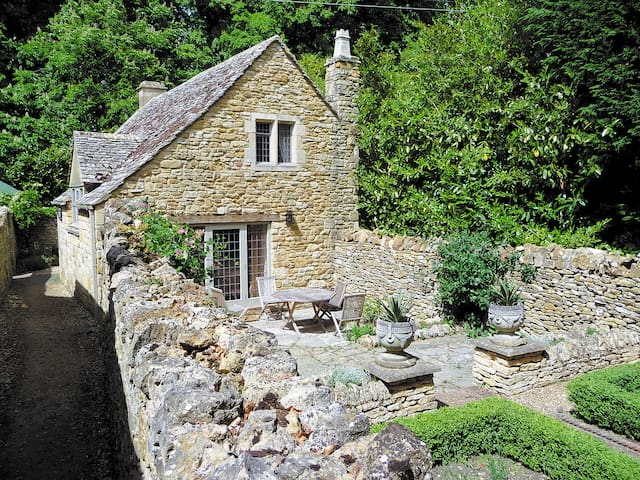 Shepherds Cottage (NSN)