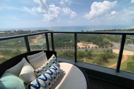 270度一线海景#阳台可看火箭发射#游泳池#阳台看日出# 看珊瑚