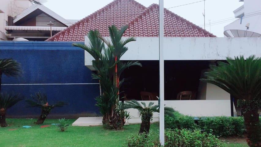 Juanda 55 Guest House Room 1