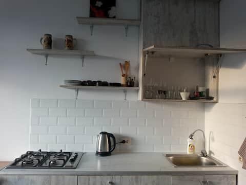lovely 1 bedroom rental unit :)
