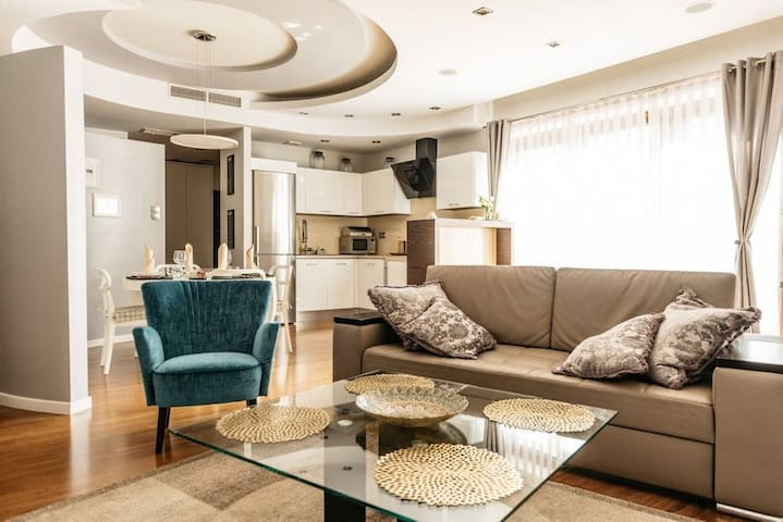 Beautifully decorated & fully equipped apartment by Vistula River* PARKING