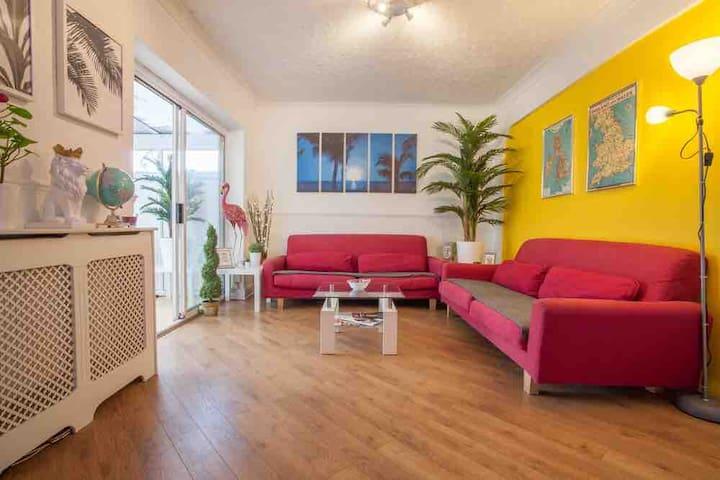 Cosy single room in York