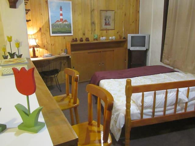 Kitnet centro Gramado - Gramado - Apartamento