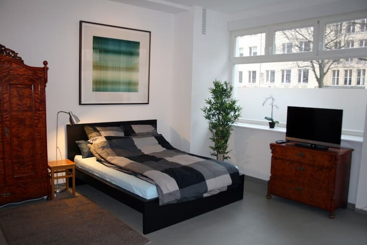 Loft with charm in the popular Mauerpark Kiez