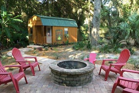 Tiny House Getaway - Fernandina Beach - Pensione