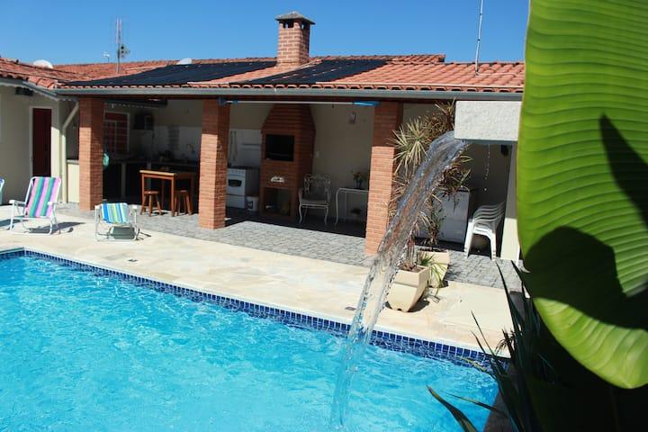 Casa de São Pedro: com piscina aquecida, completa!