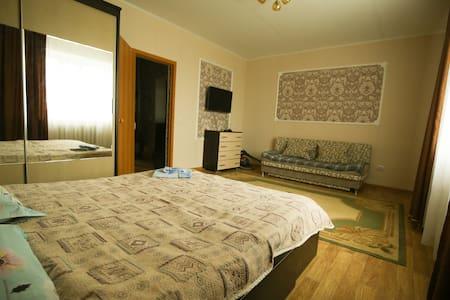 1-комнатная квартира со всеми удобствами