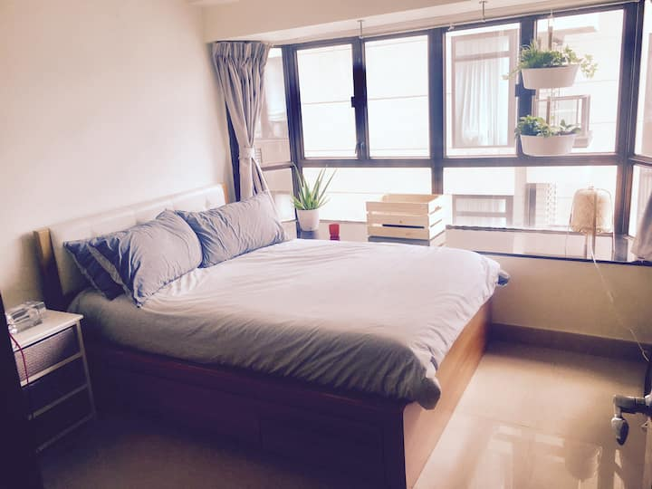 Spacious private Bedroom/Bathroom @Soho, Central