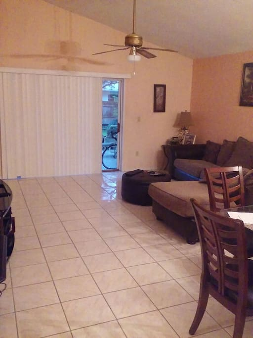 Two Bedrooms For Renting Houses For Rent In Orlando Florida United States
