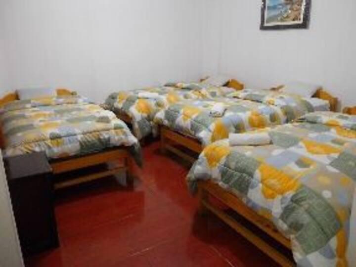 Cuádruple privado/sol naciente hostal/Machu Picchu