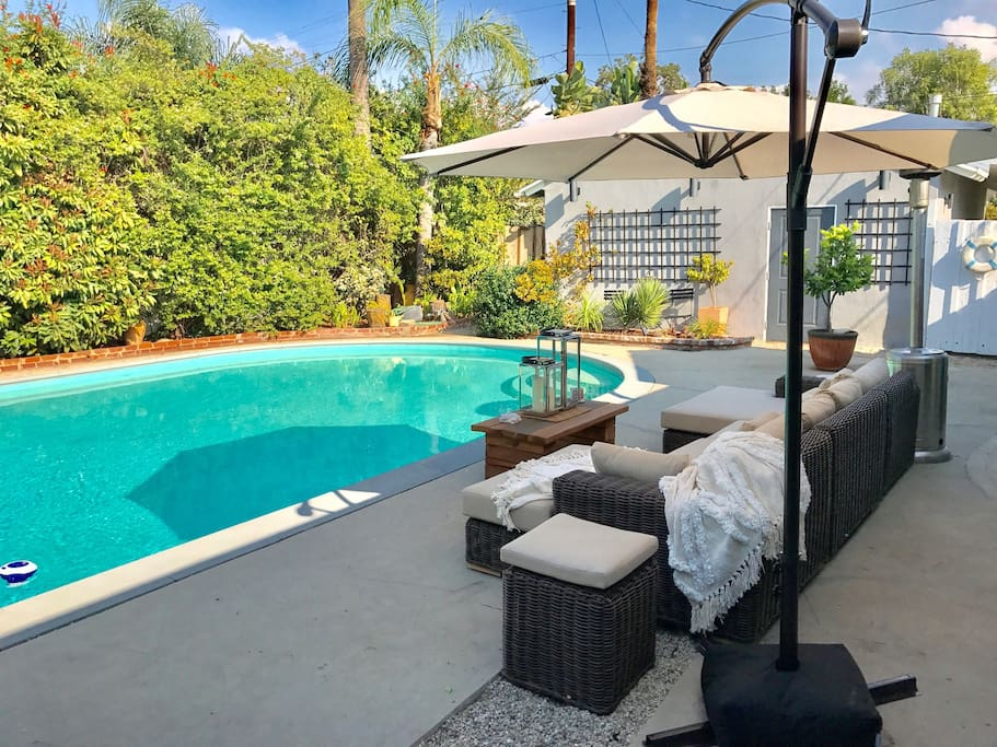 large 3 bed 2 bath house w pool houses for rent in los angeles