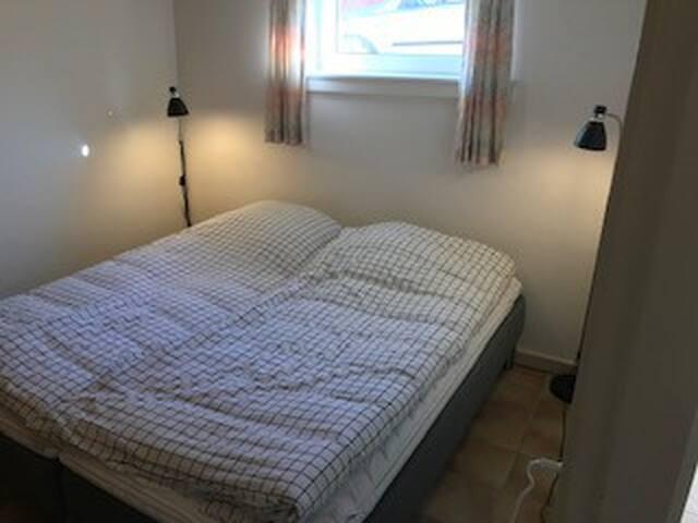 2 værelses lejlighed tæt på Skagen Cent. udlejes