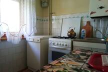 2 Rooms in the sleeping area of Lviv. Airport.