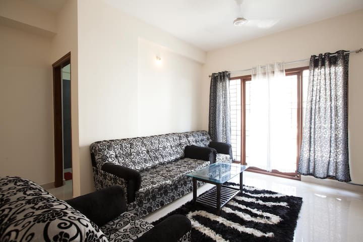 2 BHK Apartment in central location