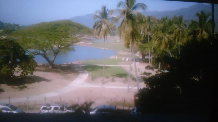 CONDOMINIO PRINCESS AZTECA - Acapulco - Selveierleilighet