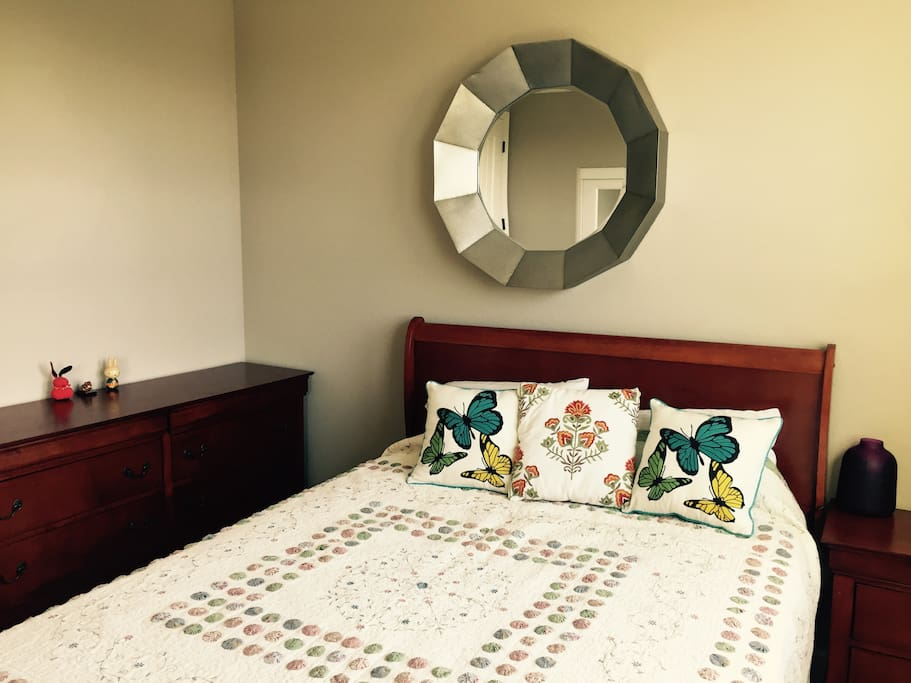 Guest Bedroom - Showing a Large Drawer