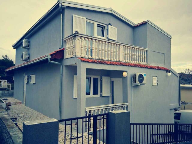 Apartment Sirius Rogoznica (48181-A1)