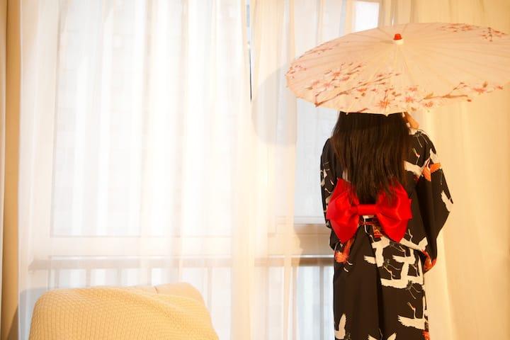 【十二民宿】铜山万达江苏师大附近|地铁2号线|清新日式|超大投影|提供多套和服头饰扇子可拍照