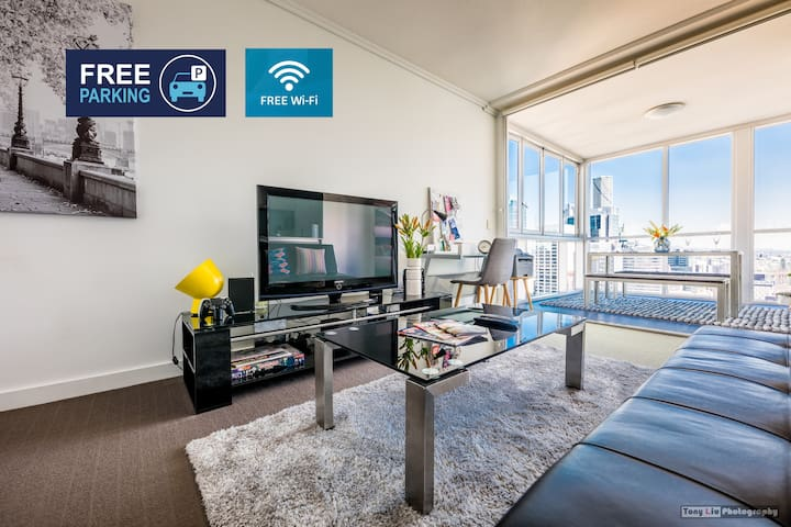 Brisbane CBD 2BR Resort Apartment