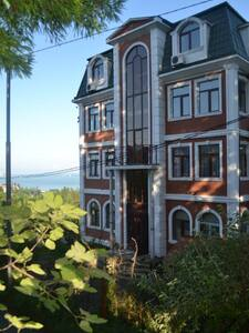 Sunny  Hotel in BATUMI - Guesthouse