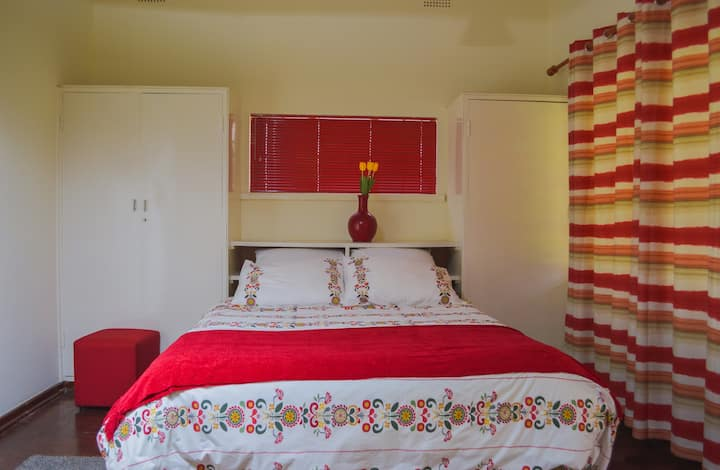 Private Cottage Room 2