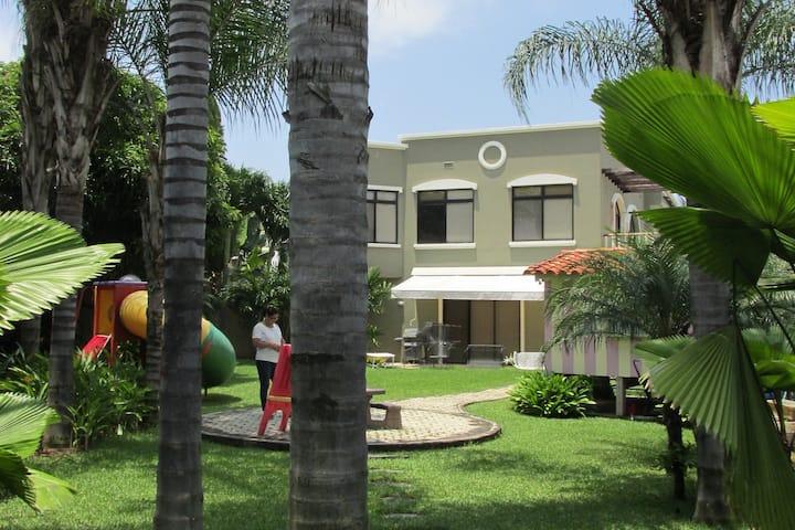 Habitación en Hermosa Casa Familiar