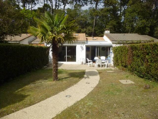 House in residence, direct access to the beaches - Jard-sur-Mer - House