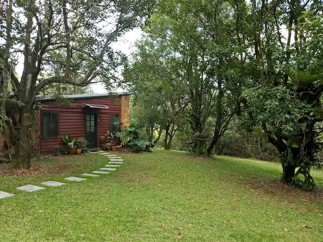Macadamia Cottage - Currumbin Valley