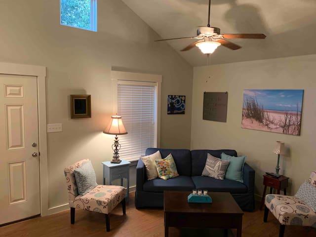 Oaky Blue, Comfy Cottage #8