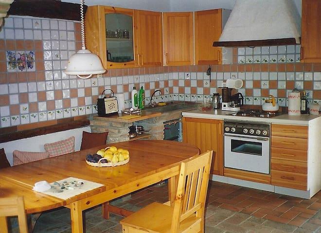 Landhaus Ginepro Rosso - Papavero - Naturparadies - Montecatini Val di Cecina - Apto. en complejo residencial