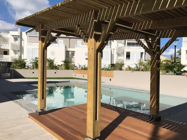 PROMOS 2021 T2 piscine st Gilles les bains