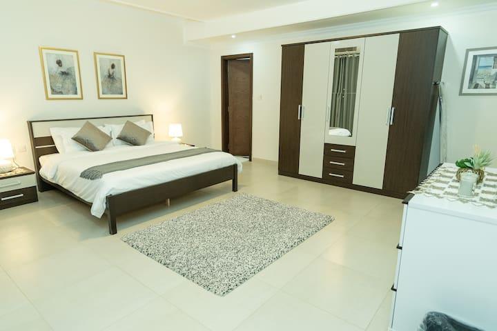 Prime apartment in the heart of Qurum