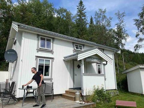 Adorável casa de campo recém-restaurada do norte no Mar do Norte.